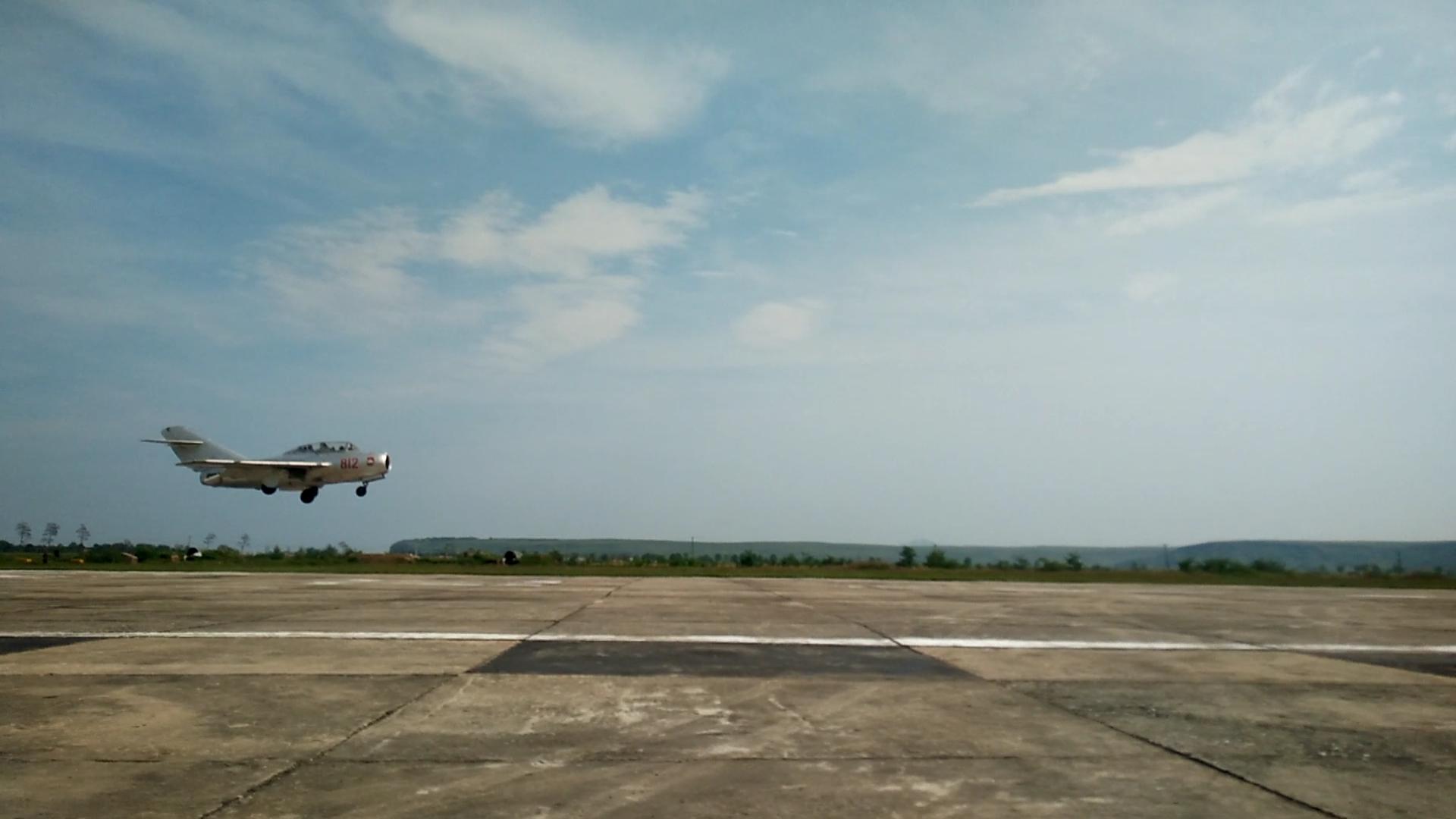 Mig's zijn klein, het type MiG 15 dathier op de plaat staat komt uit 1949.